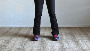 550px-Do-Squats-and-Lunges-Step-1